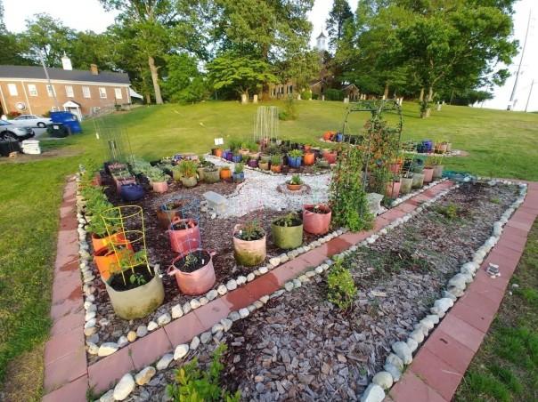 Fabric pot garden